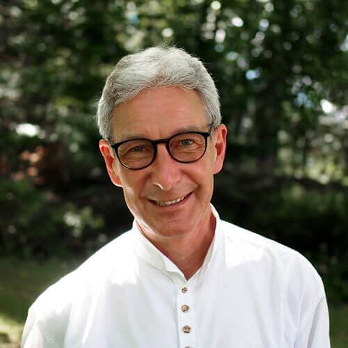 Dr. Gunnar Matthies